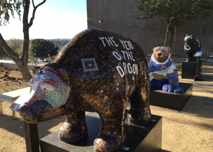 Ceramic bears show up on campus to celebrate diversity. Elizabeth Ortiz for Orange Appeal