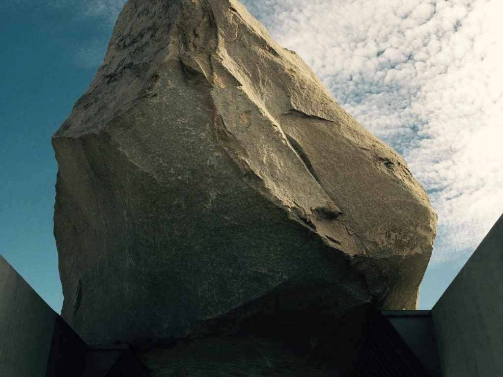 """Levitated Mass"", Los Angeles Contemporary Museum of Art Image (Birute Ranes)"