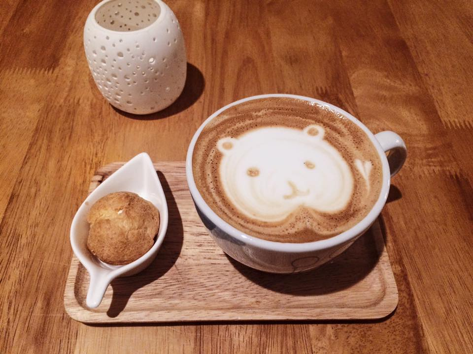 Latte art at Muji Cafe.